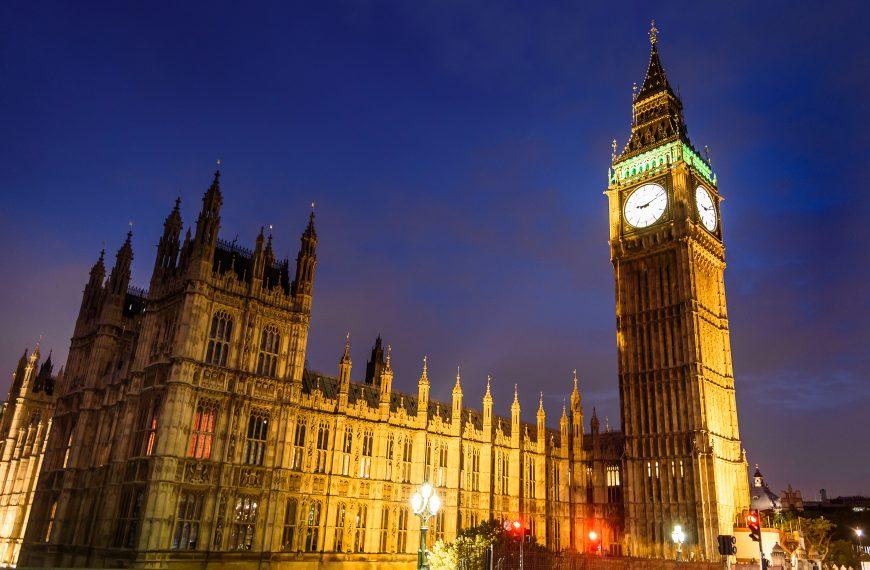 Dziewięciu na dziesięciu Brytyjczyków kupuje na Amazon